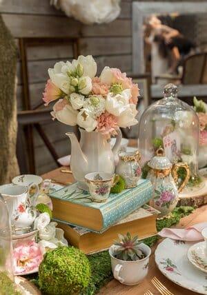 alice in wonderland tea party wedding