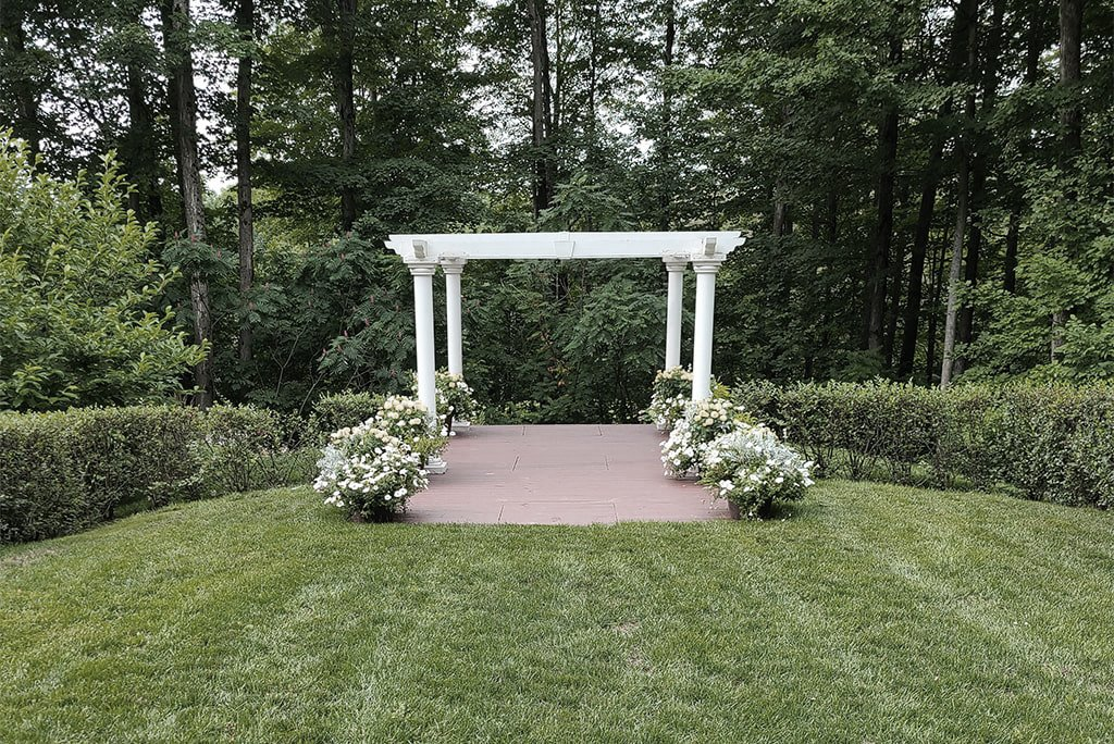 before wedding florist transformed the ceremony space-min