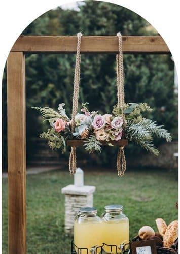 benefits of having an intimate wedding