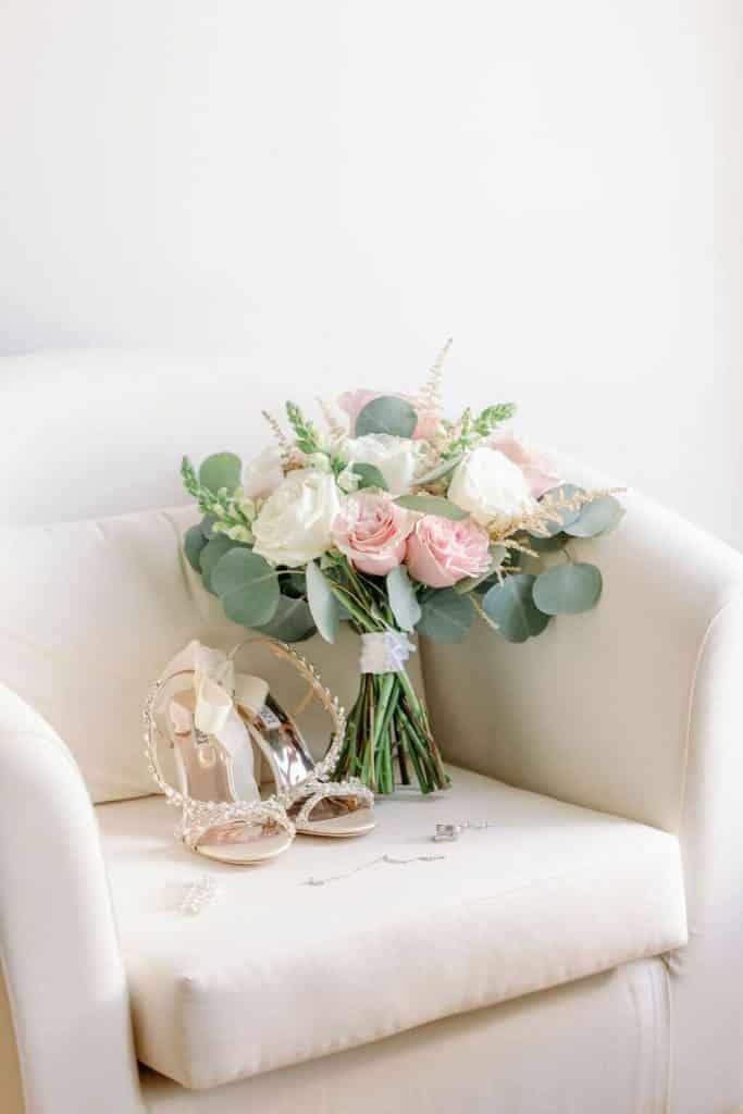 blush+pink+white+bridal+bouquet+inspiration