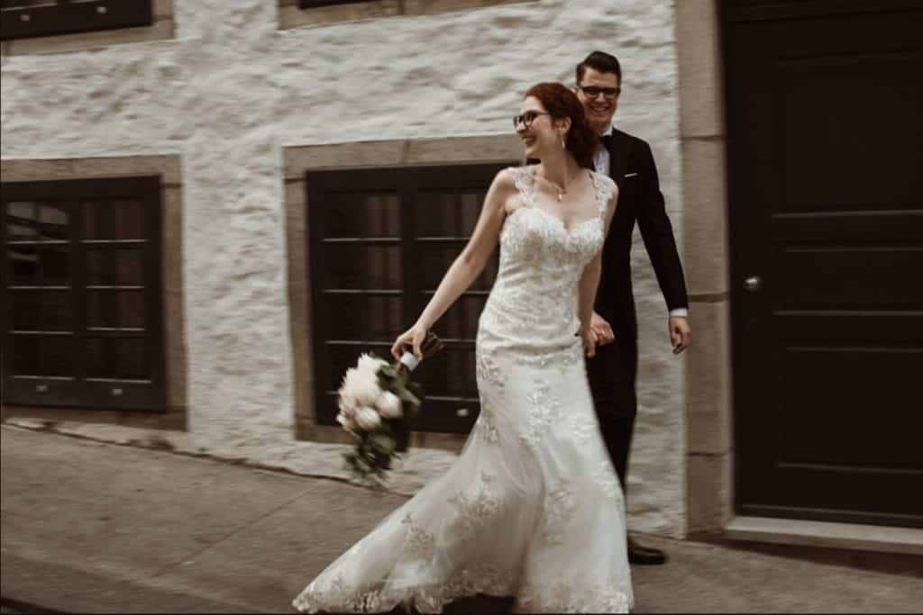 old+montreal+wedding+couple