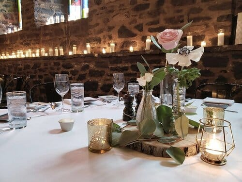 old+montreal+wedding+flower+centerpiece